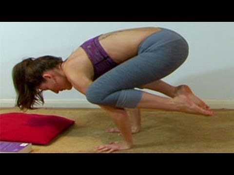 Yoga for Beginners : The Crow Pose a Yoga Workout