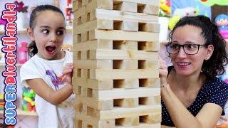 Jenga Gigante! Torre de juguete de madera. Tumbling Stacking! Wood tower.