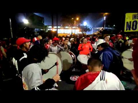 la murga del disturbio rojo america vs cali 2015 - Disturbio Rojo Bogotá - América de Cáli - Colombia - América del Sur