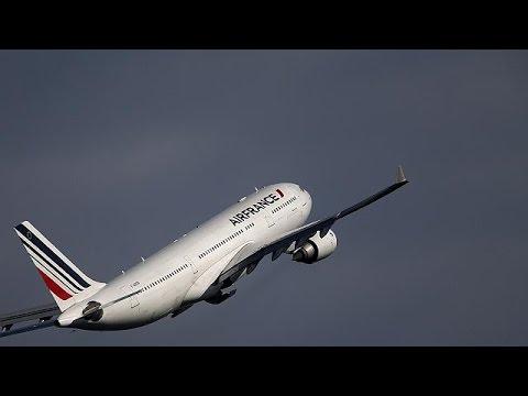 Η τρομοκρατία «χτύπησε» και την Air France – economy