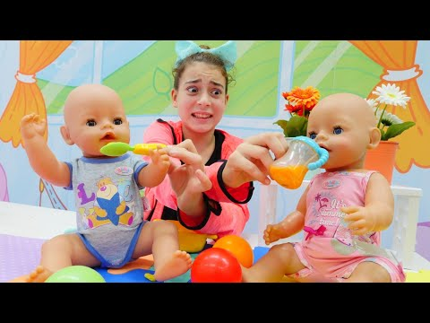 Baby doll & baby sitter. Baby born dolls morning routine.
