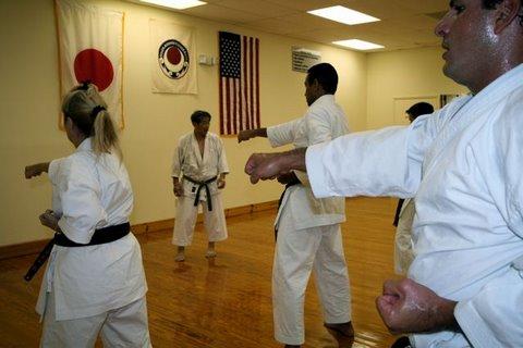 Traditional Karate Training tsuki-waza punching techniques