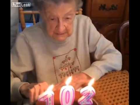 nonna di 102 anni soffia le candeline ma accade qualcosa