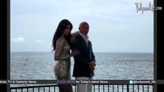 Priyanka Chopra shines Bright with Pitbull