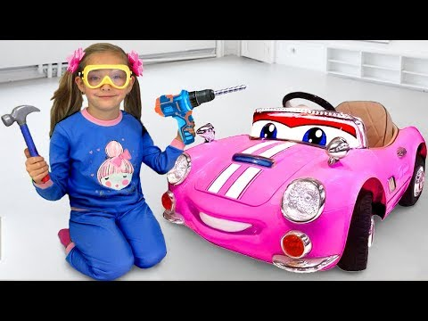 Sasha pretend play and buys used toy cars