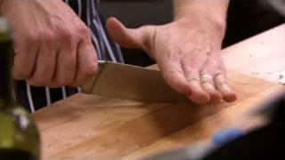 Video Jamie's Dream School | Jamie Oliver's Knife Skills MP3, 3GP, MP4, WEBM, AVI, FLV Juli 2019
