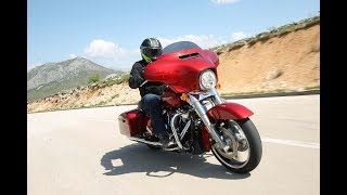 9. 2018 Harley-Davidson Street Glide and Road Glide Test Drive Review