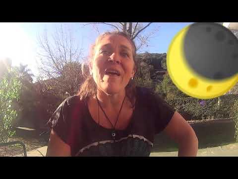 Taxi a las estrellas de Gianni Rodari del Libro 'Cuentos para Jugar' видео