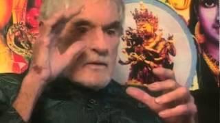 Щёлк!.. и он синтезирует это вещество — Лири Тимоти — видео