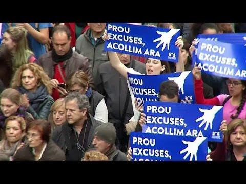 160.000 Spanier demonstrieren für mehr Flüchtlinge  ...