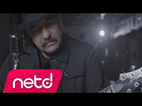 Nikah Masası feat. Bora Duran Video Klibi İzle
