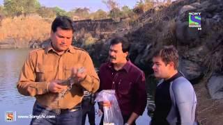 Video CID - Piranha Fish Attack - Episode 1049 - 1st March 2014 MP3, 3GP, MP4, WEBM, AVI, FLV Agustus 2018