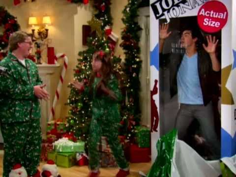 Sonny With A Chance - Joe Jonas Gift Box - So Random Holiday Special - Disney Channel Official