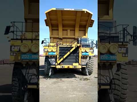 Caterpillar CAMIOANE PENTRU TEREN DIFICIL 793D equipment video 6-ZZYDVtz-Y