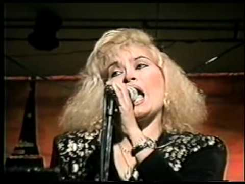 FREDDY ROLAND - Que mal me pagas - En vivo - Trujillo 1997