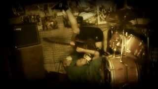 Video Colaps! - Kamenem do hlavy