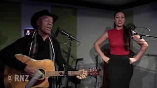 We know the way (from 'Moana') - Opetaia Foa'i and Olivia Foa'i Video