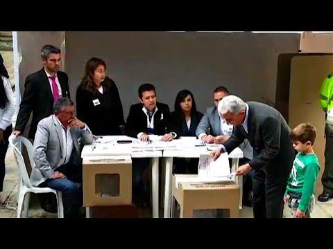 Wahl in Kolumbien: Keine Mehrheit für Rechtskonserv ...