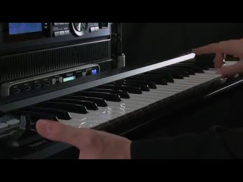 A-88/A-49 MIDI Keyboard Controller Overview - Roland Connect Sept. 2012 (видео)