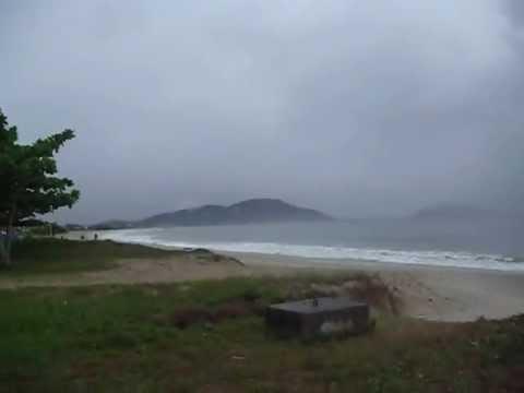 São Francisco do Sul - SC - Praia da Enseada 05/01/2013