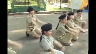 """Múa dân vũ """"Té nước - Thái Lan"""" (Nhóm Sao Thiên Vương)"""