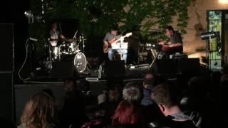 Video Jazzsons Trio - Opus 2