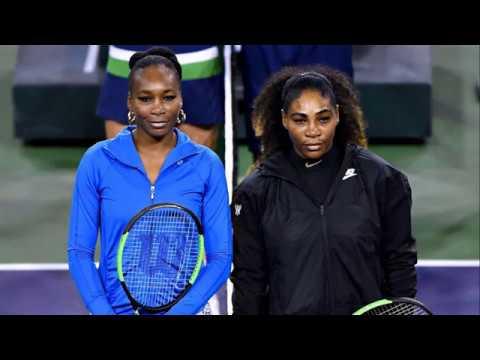 Venus Williams beats Serena Williams in Indian Wells | TV Smile