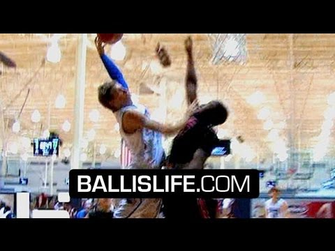 6'7″ Mickey Mitchell Has a SICK GAME! Best Player In Class of 2015!? Official Summer Mix!