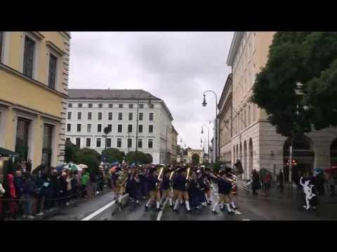 Μόναχο: Παρέλαση για την έναρξη του Oktoberfest