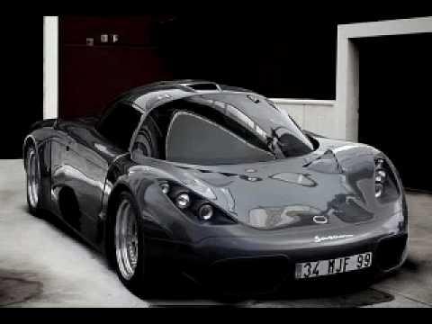 Un carro que solo fabrican 5 al año.
