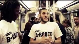 Video Un rappeur lâche un freestyle de fou dans le métro MP3, 3GP, MP4, WEBM, AVI, FLV November 2017