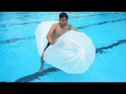 NTN - Thử Bơi Cùng Túi Ni Lông Khổng Lồ ( Swim with Plastic bags ) - Thời lượng: 15 phút.