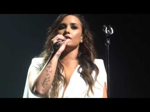 Demi Lovato - Give Your Heart A Break Live - 8/18/16 - San Jose, Ca - [hd]