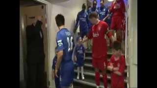 Balljunge verarscht Steven Gerrard