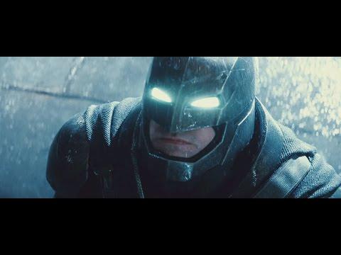 Here  s the IMAX Trailer for  Batman v Superman Dawn of