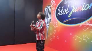 Video Farizal anak pengamen audisi Idola Junior MP3, 3GP, MP4, WEBM, AVI, FLV Februari 2018