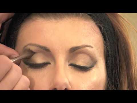 Trucco - Nice Studio - Tutorial make-up - Look da Pin-up anni '50