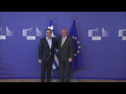 Ζ.Κ.Γιούνκερ: Οι συνομιλίες με τους πιστωτές θα ξεκινήσουν και πάλι