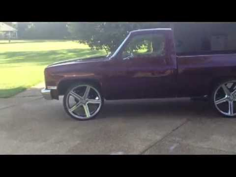 Custom C10 Shortbed on 26's.mp4
