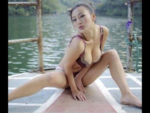 王李丹妮和柳岩哪个是男人心中的最爱,最性感.