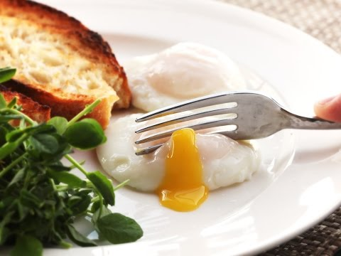 Finally learned how to poach eggs. | Rebrn.com