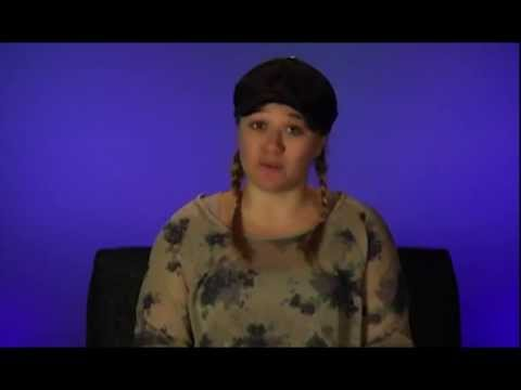 Kelly Clarkson - Kelly Clarkson - Ask Anything Chat (April 2013)
