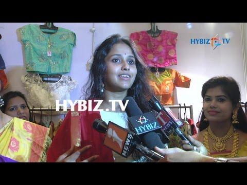 , Singer Smitha at Fashion and Bridal Exhibition