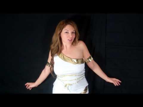 Hypnotized by a beautiful goddess (strobe light version) (видео)