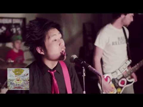 [Watch] Entire Green Day Catalogue In 10 Minute Medley