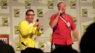 Tom Kenny and Bill Fagerbakke singing the Jellyfishing Song at San Diego Comic Con 2013