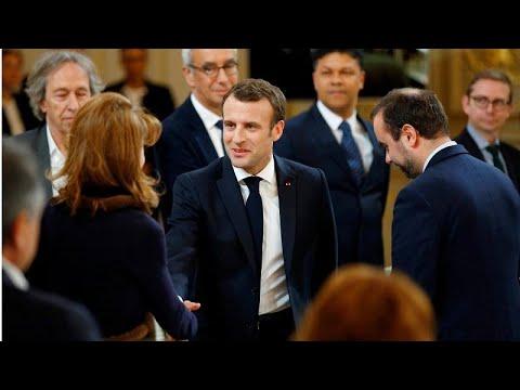 Frankreich: Macron will wegen Ausschreitungen in Pari ...