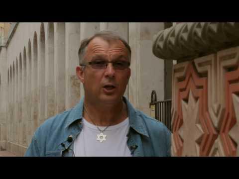 Norbert Lieth a Dohány utcai zsinagógánál