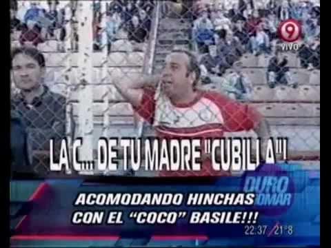 Duro de Domar - Acomodando hinchas con el Coco Basile 27-02-12