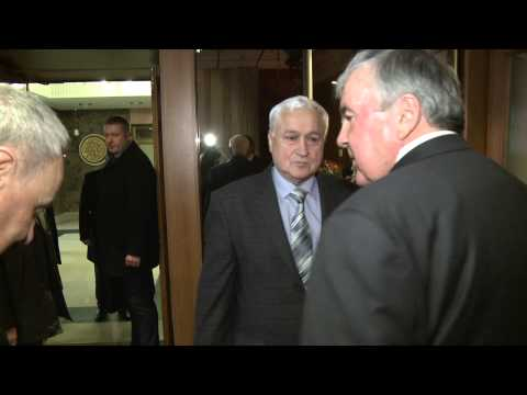 Președintele Nicolae Timofti l-a felicitat pe Mircea Snegur cu ocazia zilei sale de naștere
